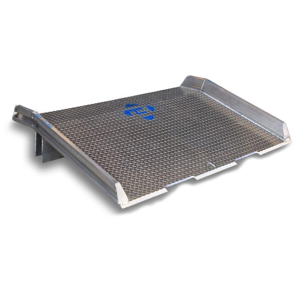 """Bluff 10atd 60"""" W X 30"""" L 10 000 Lb Load Welded Curb Aluminum Dock Board"""