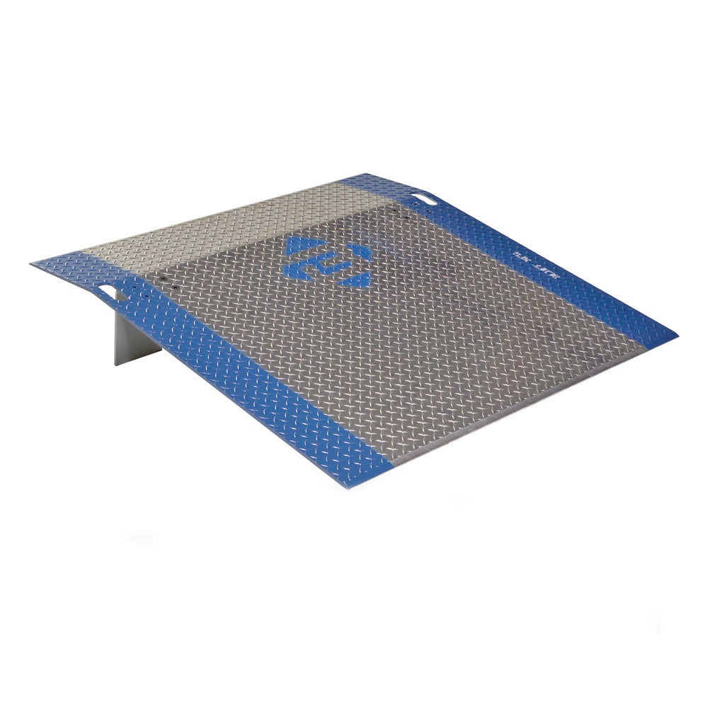 "Bluff Model A 48"" W X 42"" L 3 000 Lb Load Aluminum Dock Plate"