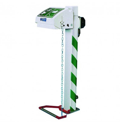 Justrite Freeze Protected Plastic Closed Bowl Eyewash Stations, Pedestal Mount (Shown in White/Green)